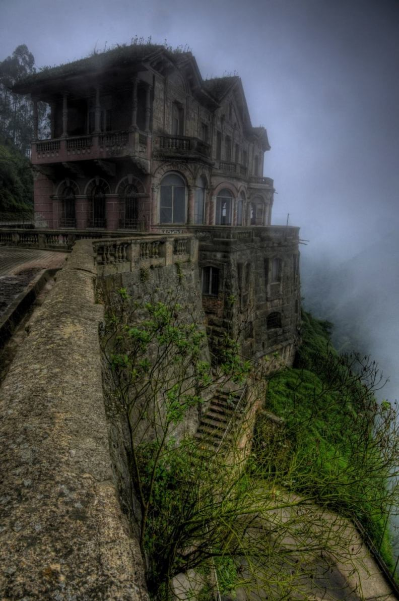 interesting-pictures-haunted-hotel
